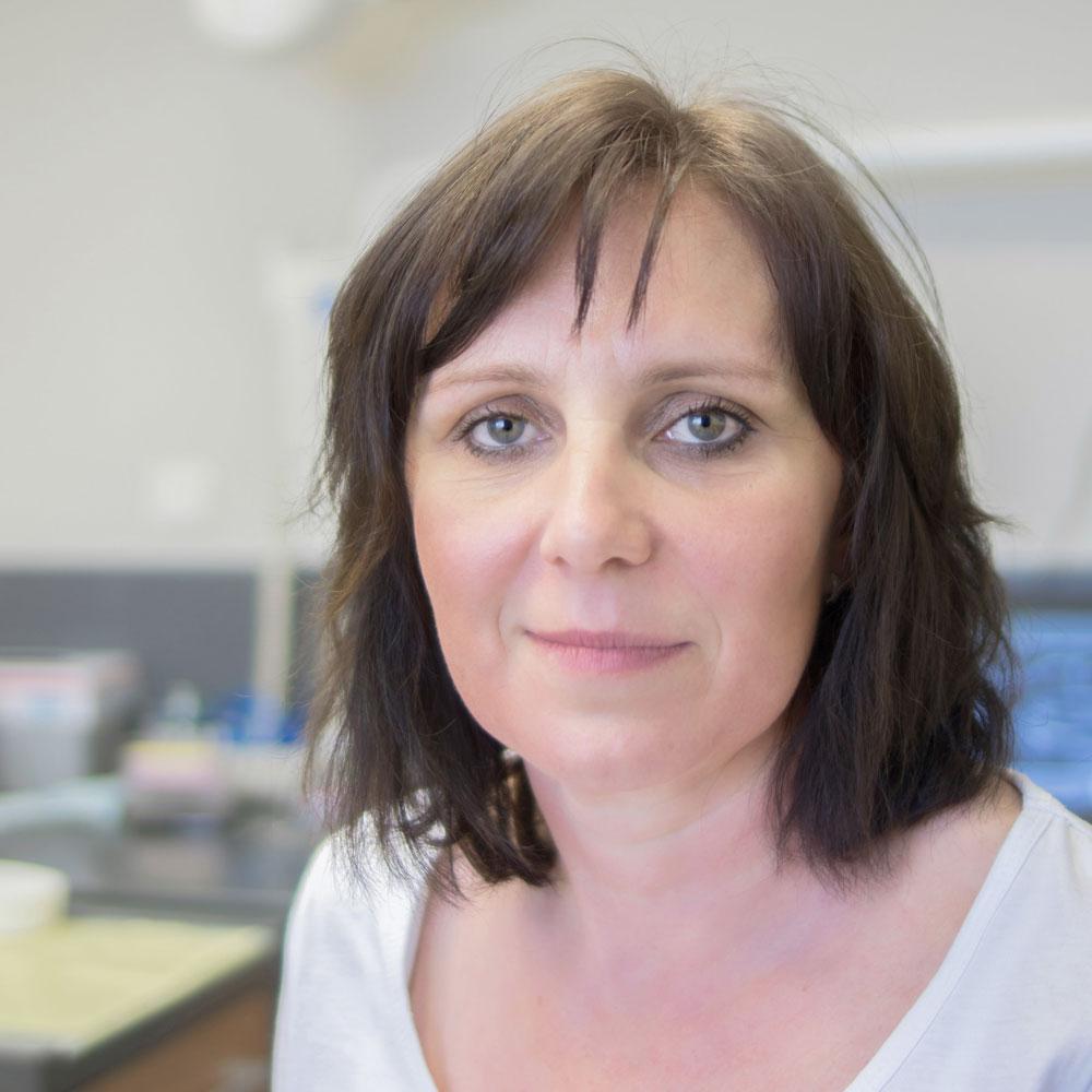 Milena Kotvasová | zubná sestra