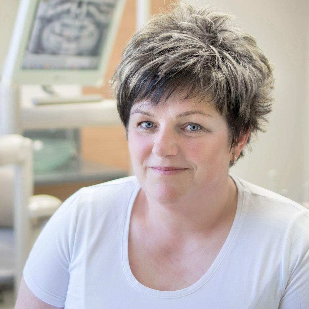 Iveta Satorová | zubná sestra